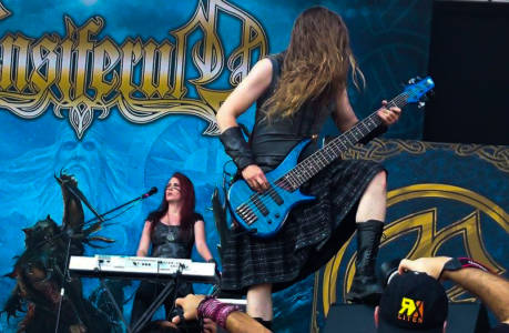 100%-Metal-Fest ENSIFERUM 2015 007