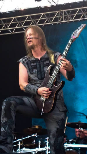 100%-Metal-Fest ENSIFERUM 2015 009