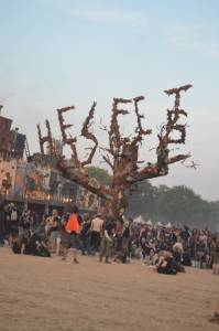 Hellfest's Dead Old Tree